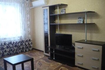 2-комн. квартира, 53 кв.м. на 5 человек, Мира, Новая часть, Волжский, Волгоградская область  - Фотография 2