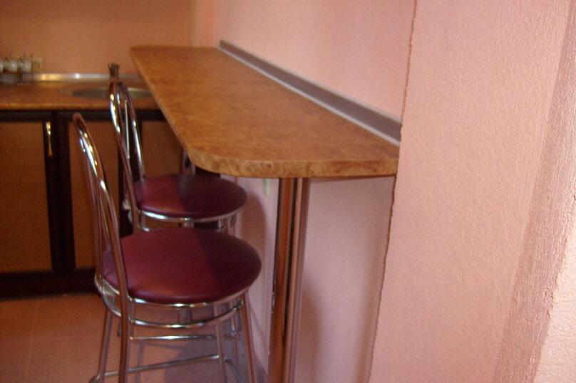 """Гостевой дом """"Таврический"""", Таврический тупик, 3 на 2 комнаты - Фотография 11"""