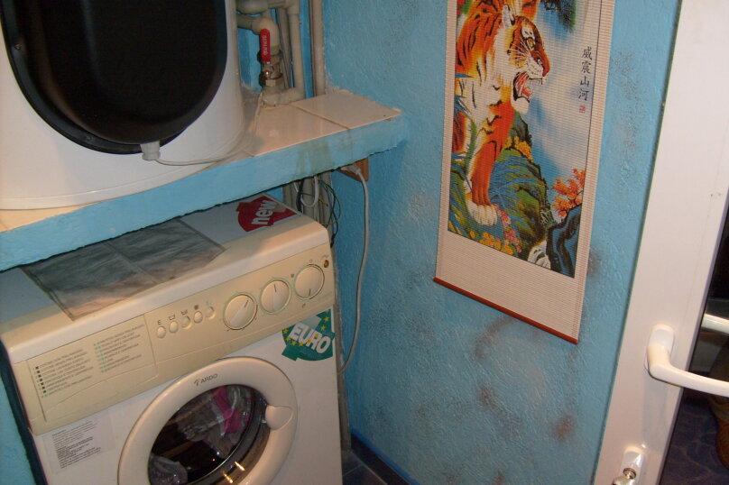 """Гостевой дом """"Таврический"""", Таврический тупик, 3 на 2 комнаты - Фотография 13"""