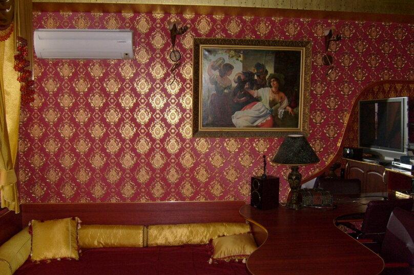 """Гостевой дом """"Таврический"""", Таврический тупик, 3 на 2 комнаты - Фотография 16"""