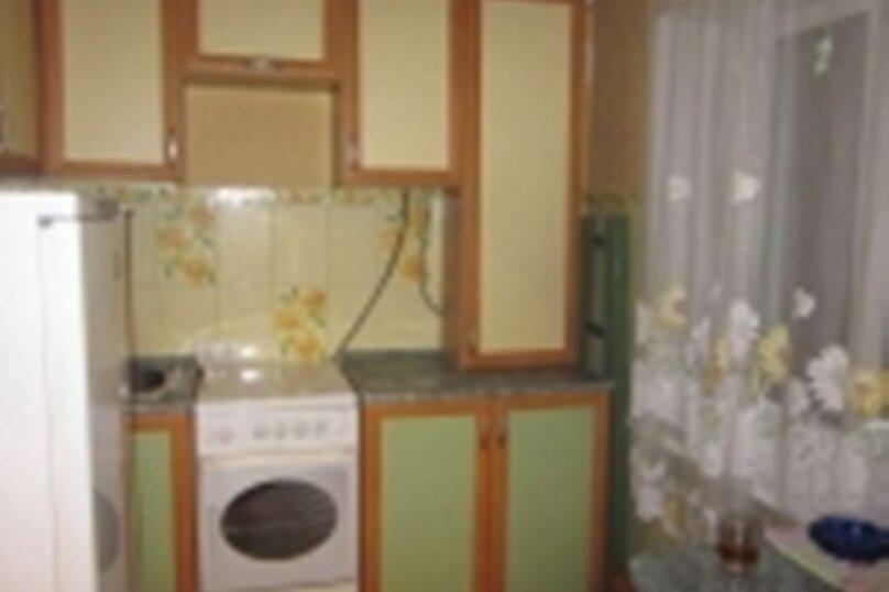 2-комн. квартира, 40 кв.м. на 4 человека, улица Космонавта А.Г. Николаева, 47, Чебоксары - Фотография 3