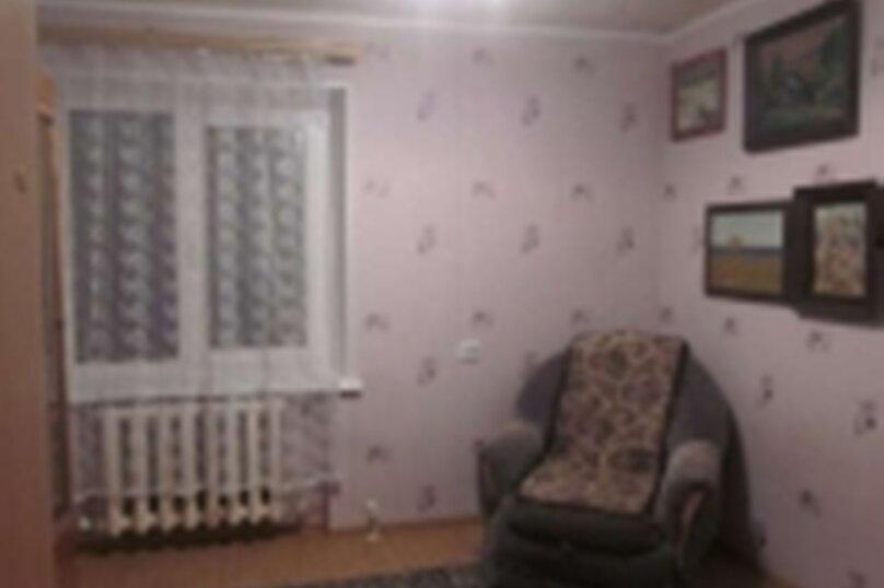 2-комн. квартира, 40 кв.м. на 4 человека, улица Космонавта А.Г. Николаева, 47, Чебоксары - Фотография 4