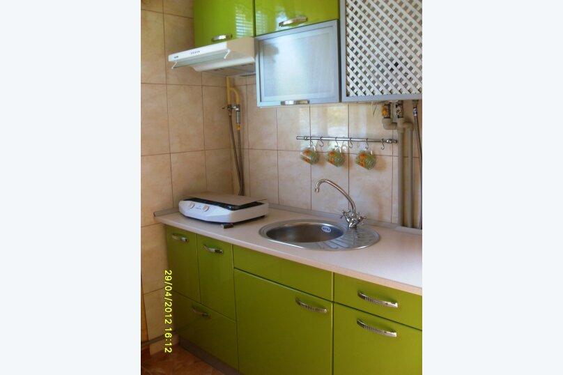 Сдам частный домик в районе парка, 70 кв.м. на 8 человек, 2 спальни, улица Токарева, 9, Евпатория - Фотография 6
