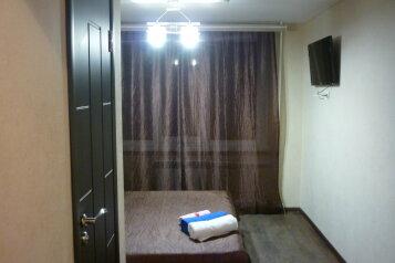 Мини-гостиница, улица Энтузиастов, 7 на 6 номеров - Фотография 2