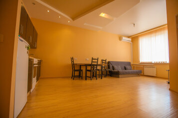 2-комн. квартира, 50 кв.м. на 4 человека, бульвар Строителей, 53, Ленинский район, Кемерово - Фотография 3