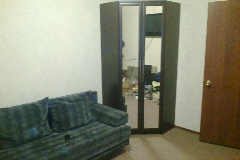 2-комн. квартира, 45 кв.м. на 4 человека, Софьи Перовская, 25, Уфа - Фотография 2