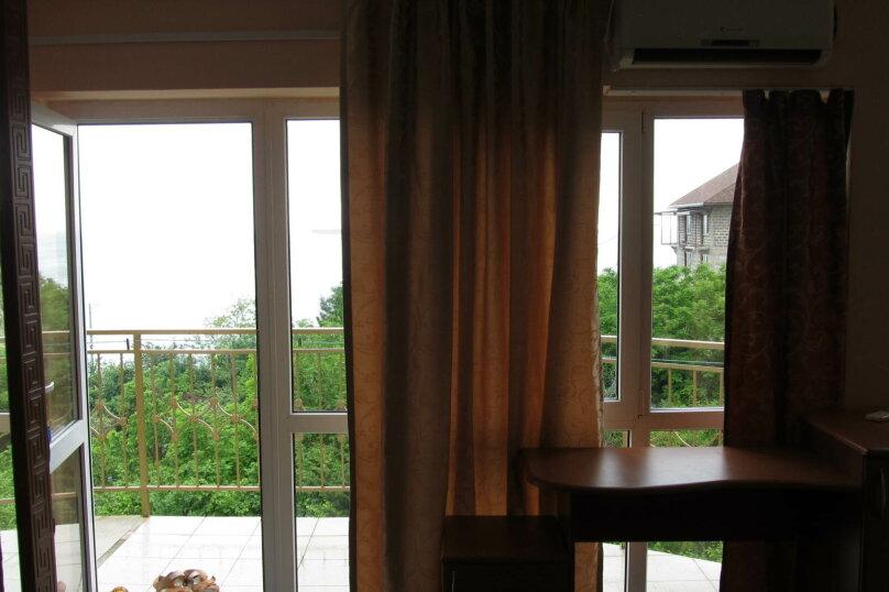 Номер с панорамными окнами и видом на море, Заречная улица, 3, Дедеркой - Фотография 1
