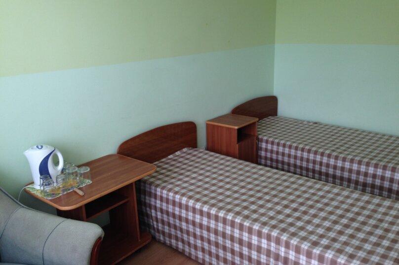 2-х комнатный изолированный (4-х местный), Пионерский проспект, 60/4, Джемете - Фотография 8