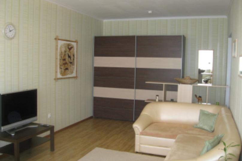 1-комн. квартира, 38 кв.м. на 3 человека, улица Пушкина, 10, Ярославль - Фотография 3