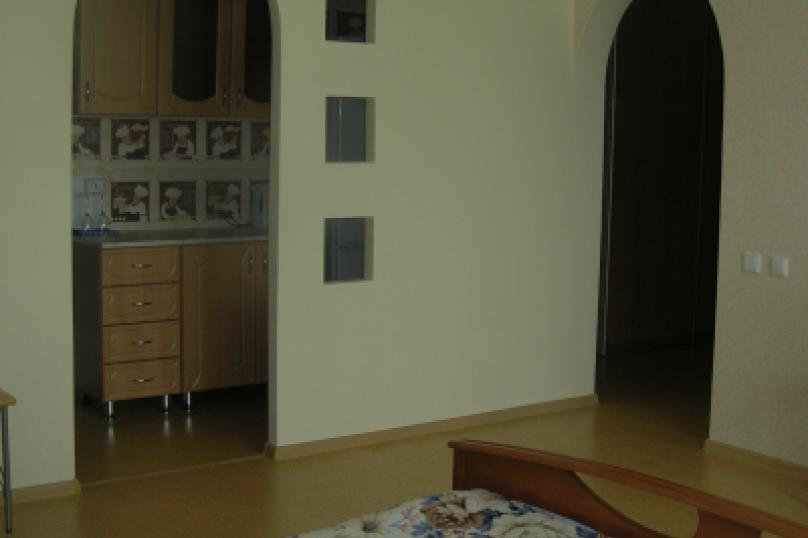 1-комн. квартира, 38 кв.м. на 3 человека, Республиканская улица, 42, Ярославль - Фотография 4