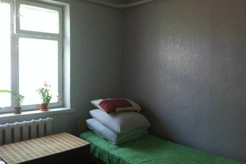 3-х местный номер в доме с кондиционером, улица Мира, 2, поселок Приморский, Феодосия - Фотография 1