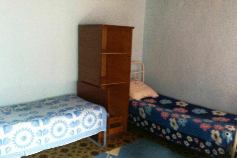 3-х местный номер эконом в пристройке дома, улица Мира, 2, поселок Приморский, Феодосия - Фотография 1