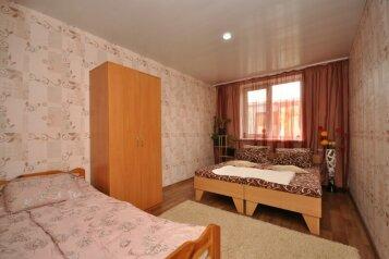 Коттедж, 50 кв.м. на 6 человек, 2 спальни, ул.Луговая , 12а, Черноморское - Фотография 2