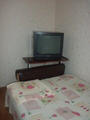 Домик под ключ, 18 кв.м. на 3 человека, 1 спальня, улица Калинина, 12, Алупка - Фотография 4