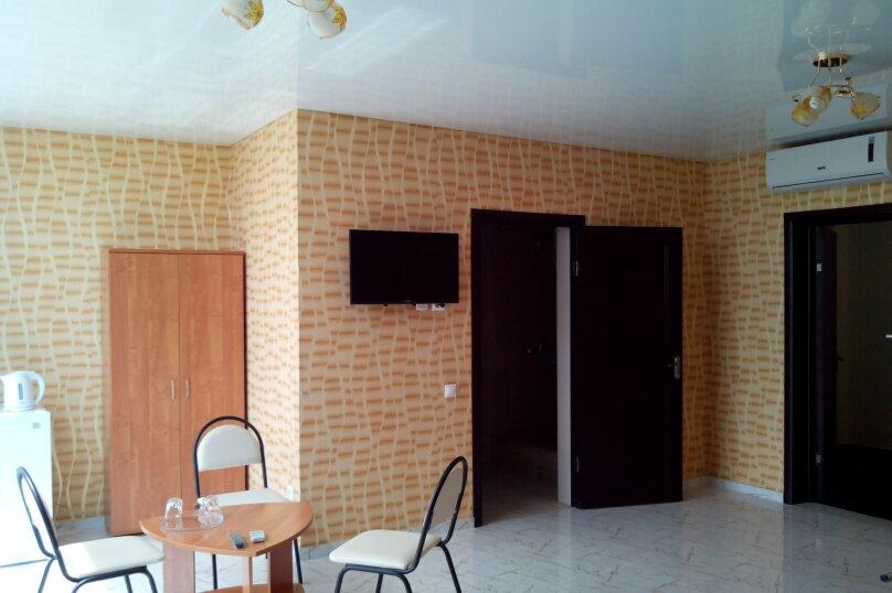 CUBE Hotel, Кишинёвская улица, 6 на 15 комнат - Фотография 11
