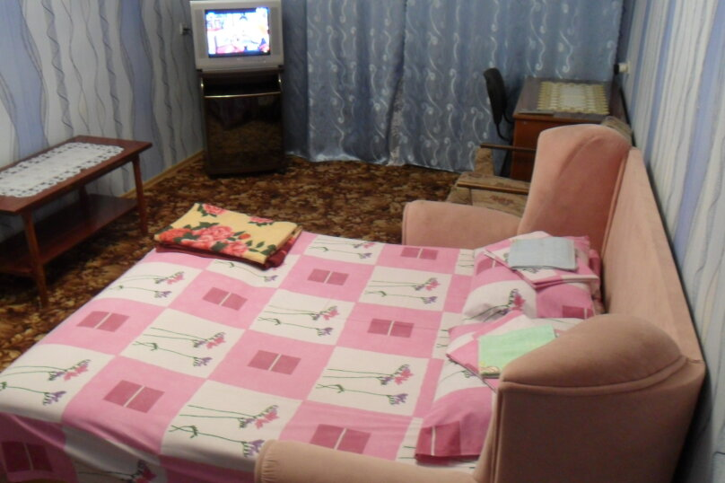 1-комн. квартира, 35 кв.м. на 4 человека, улица Василия Блюхера,  20, Севастополь - Фотография 1