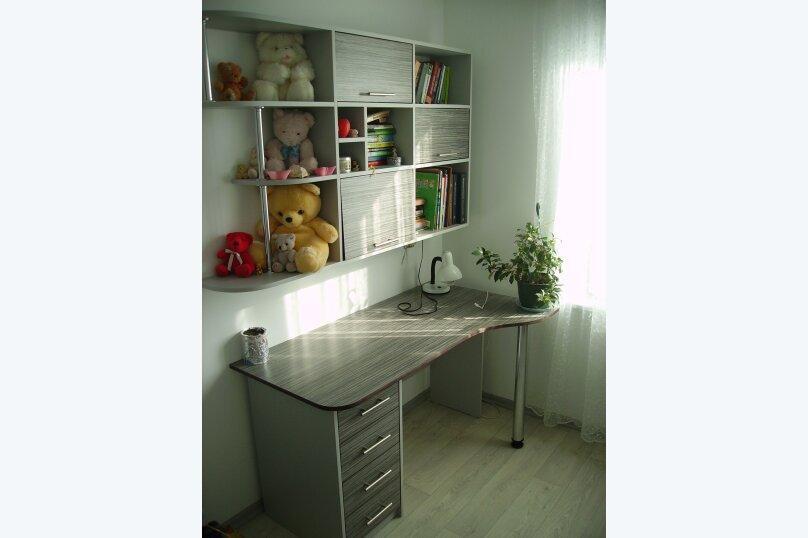 3-комн. квартира, 80 кв.м. на 8 человек, Михайловская улица, 23, Севастополь - Фотография 2