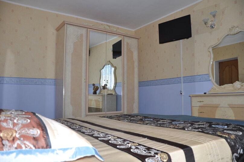 Апартаменты 90 кв. м. 3-х комнатные, 90 кв.м. на 8 человек, 3 спальни, 2-й Черноморский переулок, 10, Витязево - Фотография 8