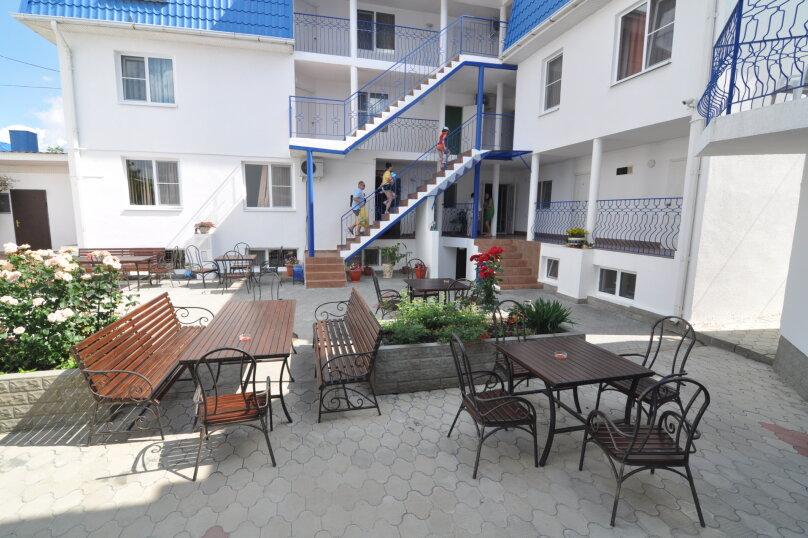 Апартаменты 90 кв. м. 3-х комнатные, 90 кв.м. на 8 человек, 3 спальни, 2-й Черноморский переулок, 10, Витязево - Фотография 2