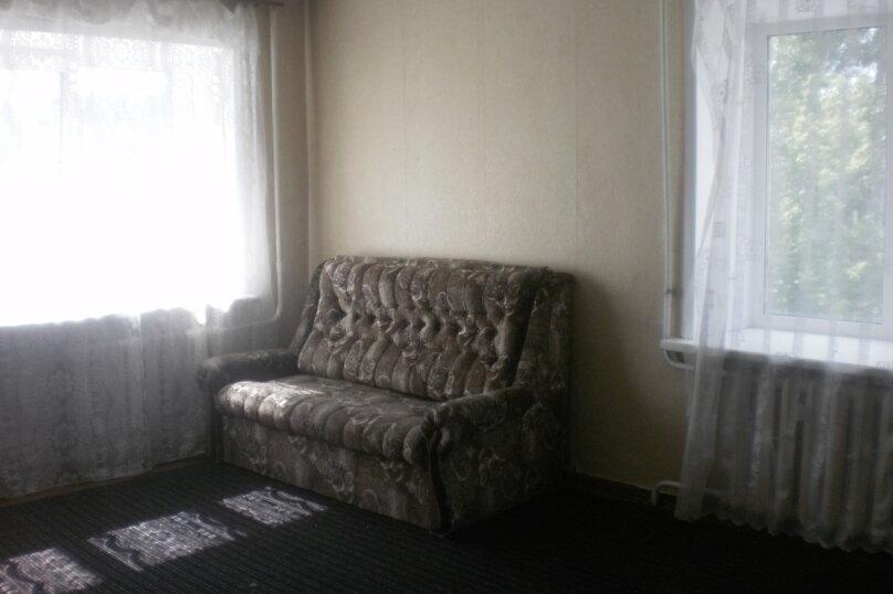 1-комн. квартира, 44 кв.м. на 2 человека, Деповская улица, 15, Барнаул - Фотография 2