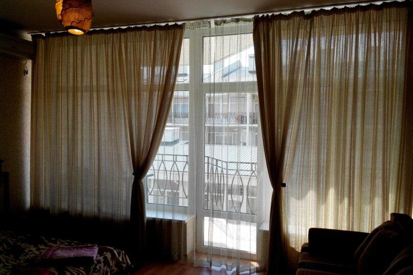 """Гостевой дом """"На Ленина 146"""", улица Ленина, 146 на 3 комнаты - Фотография 15"""