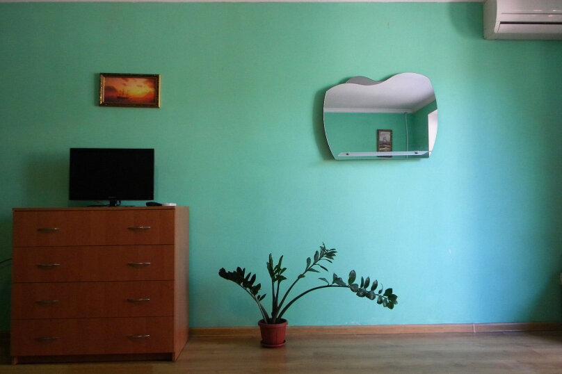 Номер  с кухней под ключ на 4 чел., 45 кв.м. на 4 человека, 1 спальня, Приморская улица, 12, Черноморское - Фотография 8
