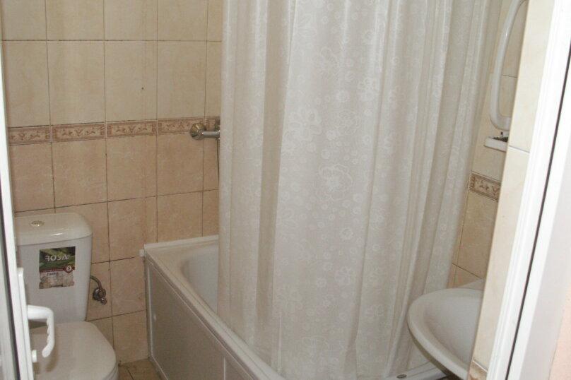 """Гостевой дом """"Азалия"""", Православная улица, 17А на 17 комнат - Фотография 21"""
