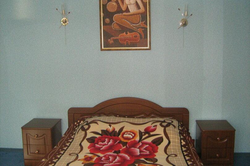 Мини гостиница ,,, улица Павлика Морозова, 8 на 22 комнаты - Фотография 9