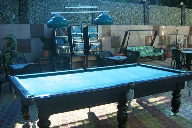 Мини гостиница ,,, улица Павлика Морозова, 8 на 22 комнаты - Фотография 16