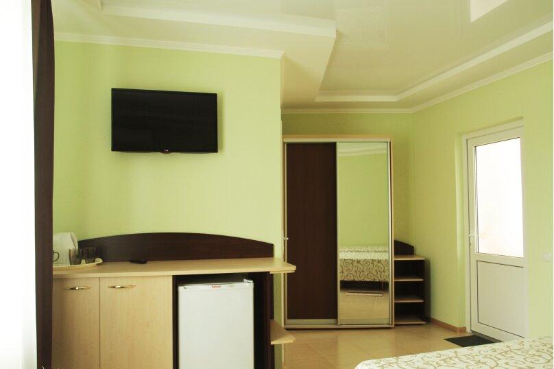 гостевой домик 'Kris', улица Краевского, 9 на 20 комнат - Фотография 25