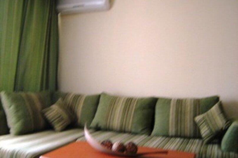 Мини гостиница ,,, улица Павлика Морозова, 8 на 22 комнаты - Фотография 22