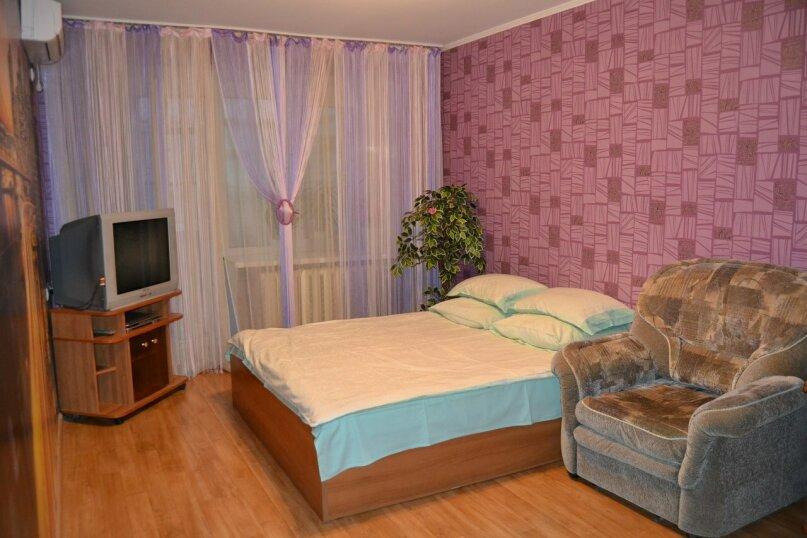 2-комн. квартира, 56 кв.м. на 6 человек, улица Генерала Ватутина, 8, Волгоград - Фотография 2
