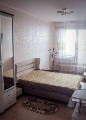 3-комн. квартира на 6 человек, Кузнецкстроевский проспект, 44, Новокузнецк - Фотография 2