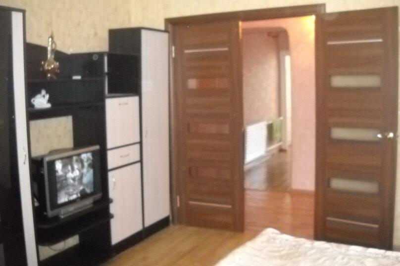1-комн. квартира, 40 кв.м. на 3 человека, улица Сибирских Партизан, 22, Иркутск - Фотография 12