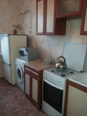 3-комн. квартира, 80 кв.м. на 6 человек, улица 30 лет Победы, 16, Нижнекамск - Фотография 1