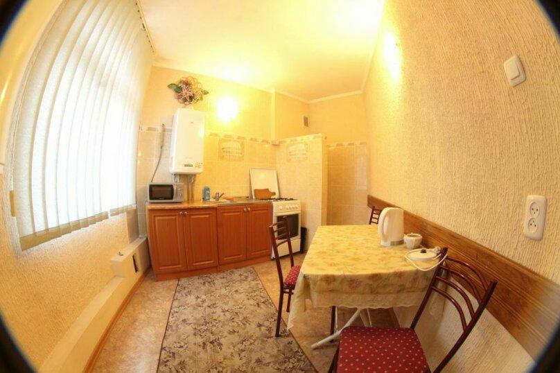 #Дом в Ялте с двориком, для семейного отдыха с детьми., улица Ломоносова, 51А на 2 комнаты - Фотография 23