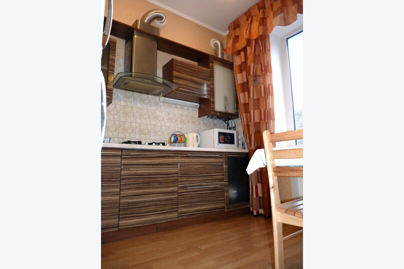 2-комн. квартира, 60 кв.м. на 5 человек, Большая Морская улица, 7, Севастополь - Фотография 3
