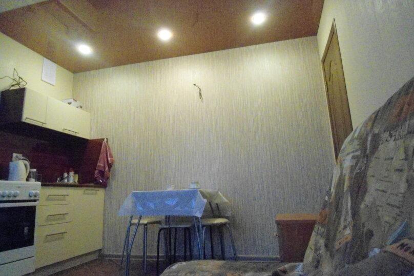 2-комн. квартира, 52 кв.м. на 4 человека, улица Антонова-Овсеенко, 59, Самара - Фотография 5