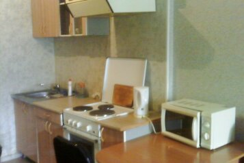 1-комн. квартира, 30 кв.м. на 3 человека, Светлогорский переулок, 4, Советский район, Красноярск - Фотография 2