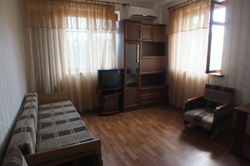 4-х комнатный дом у моря в Заозерном, 96 кв.м. на 8 человек, 4 спальни, Южная улица, 23, Заозерное - Фотография 3