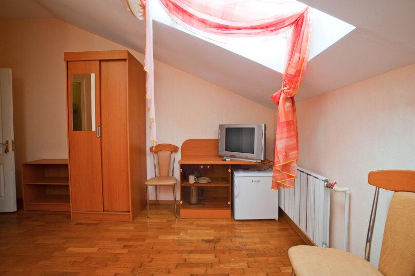 """Мини-отель """"Черноморье"""", Черноморская улица, 16 на 11 номеров - Фотография 13"""