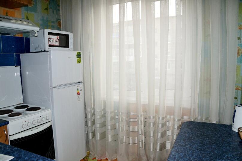 2-комн. квартира, 57 кв.м. на 5 человек, проспект Ленина, 66, Рубцовск - Фотография 7