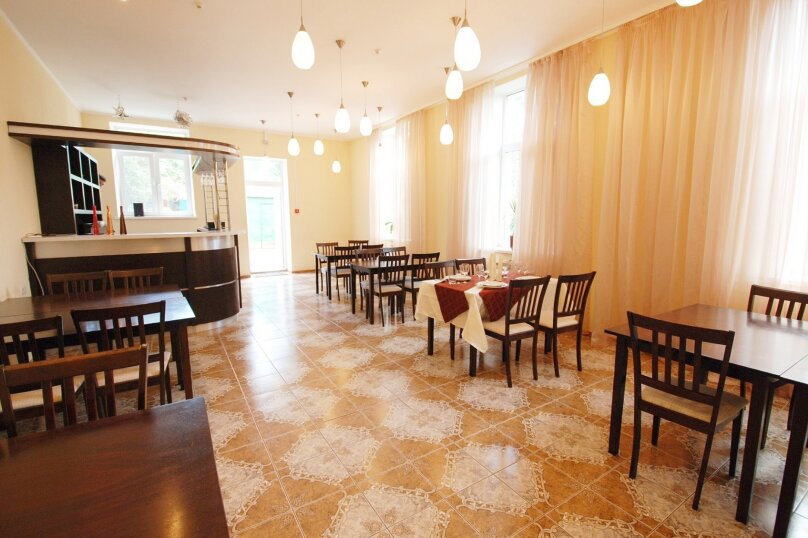 Гостиница 'Дом аспиранта', Нижняя Колоннада, 52 на 16 номеров - Фотография 2