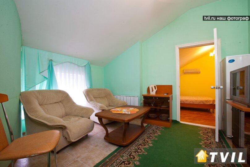 Трех комнатный «Семейный», Черноморская улица, 16, Анапа - Фотография 1
