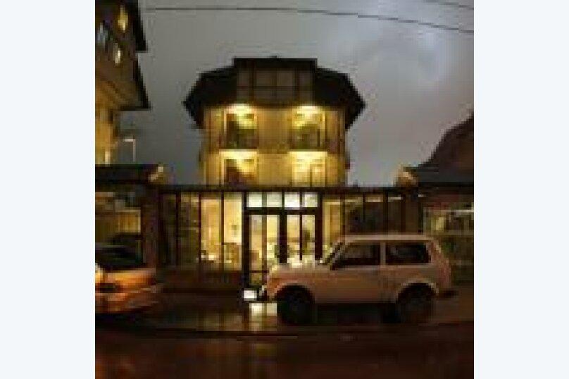 Гостевой Дом На Берёзовой, Берёзовый переулок, 38 на 8 комнат - Фотография 1