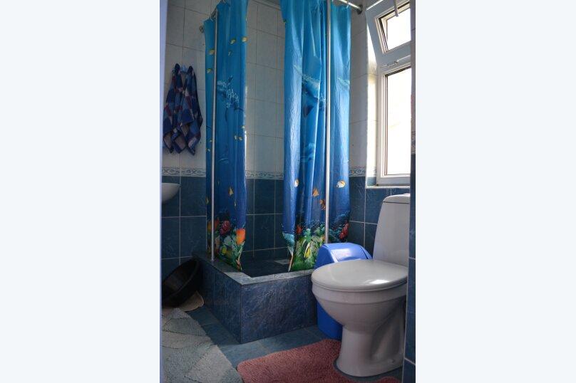 """Гостевой дом """"На Шершнева 6"""", улица Шершнева, 6 на 6 комнат - Фотография 12"""