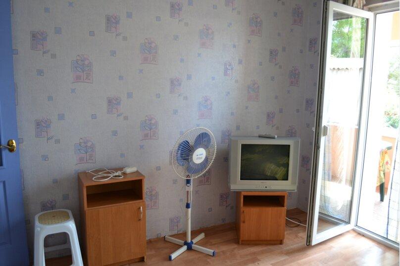 """Гостевой дом """"На Шершнева 6"""", улица Шершнева, 6 на 6 комнат - Фотография 14"""