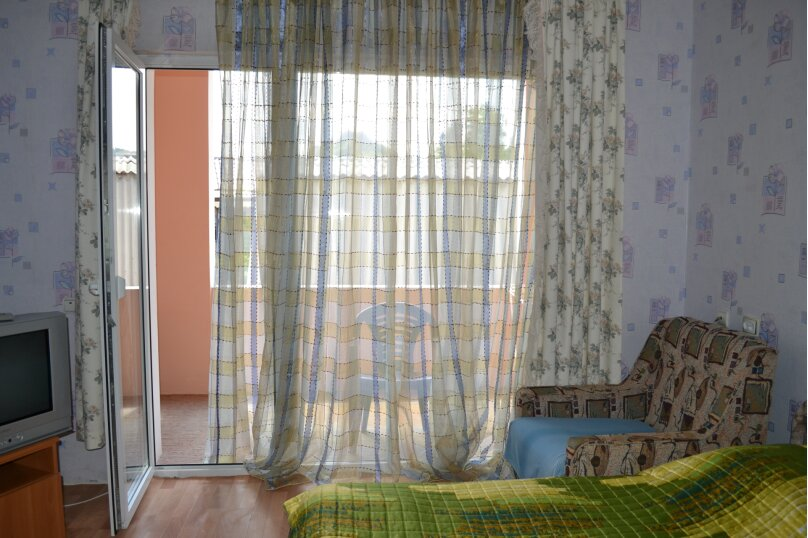 """Гостевой дом """"На Шершнева 6"""", улица Шершнева, 6 на 6 комнат - Фотография 15"""