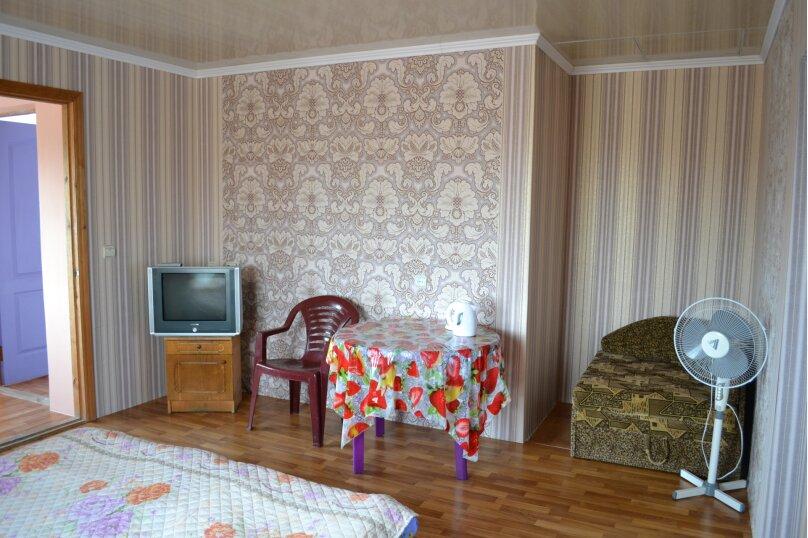 """Гостевой дом """"На Шершнева 6"""", улица Шершнева, 6 на 6 комнат - Фотография 30"""