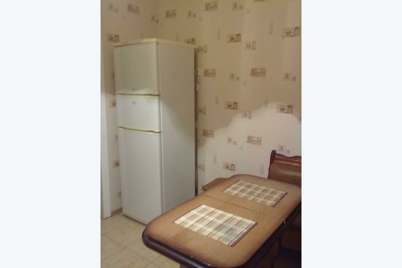 1-комн. квартира, 36 кв.м. на 2 человека, улица Челюскинцев, 58Бк2, Белгород - Фотография 3